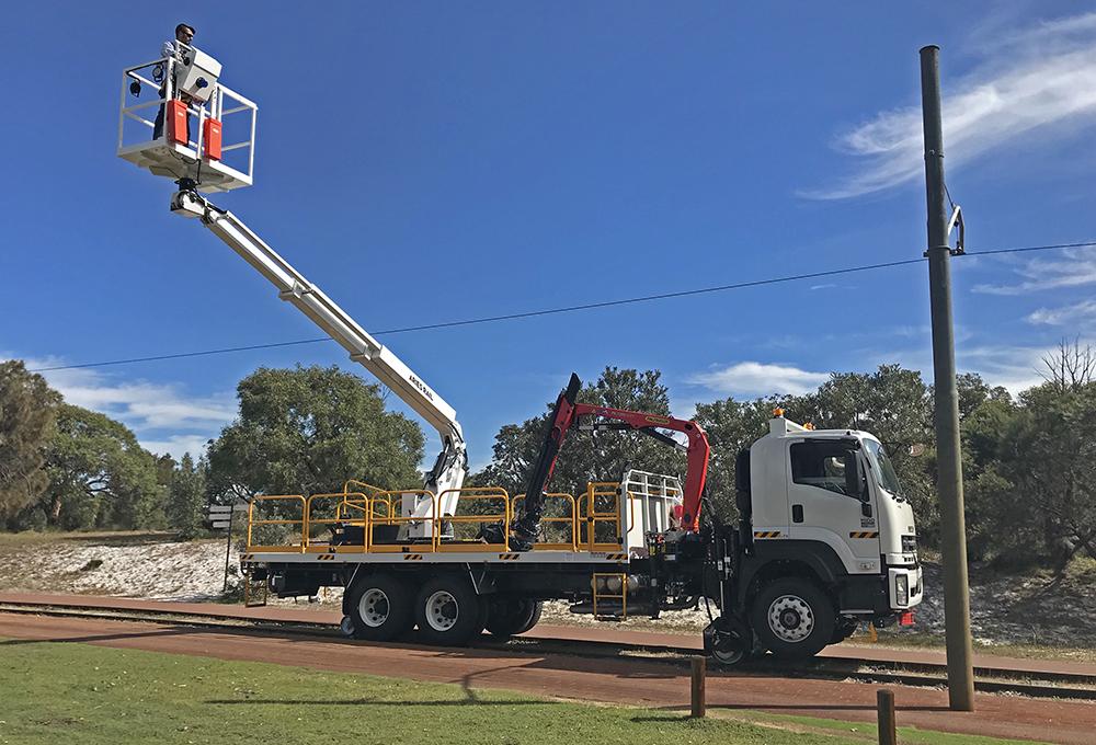 Aries Hyrail road-rail vehicle with Palfinger crane, Mast manipulator and demountable EWP