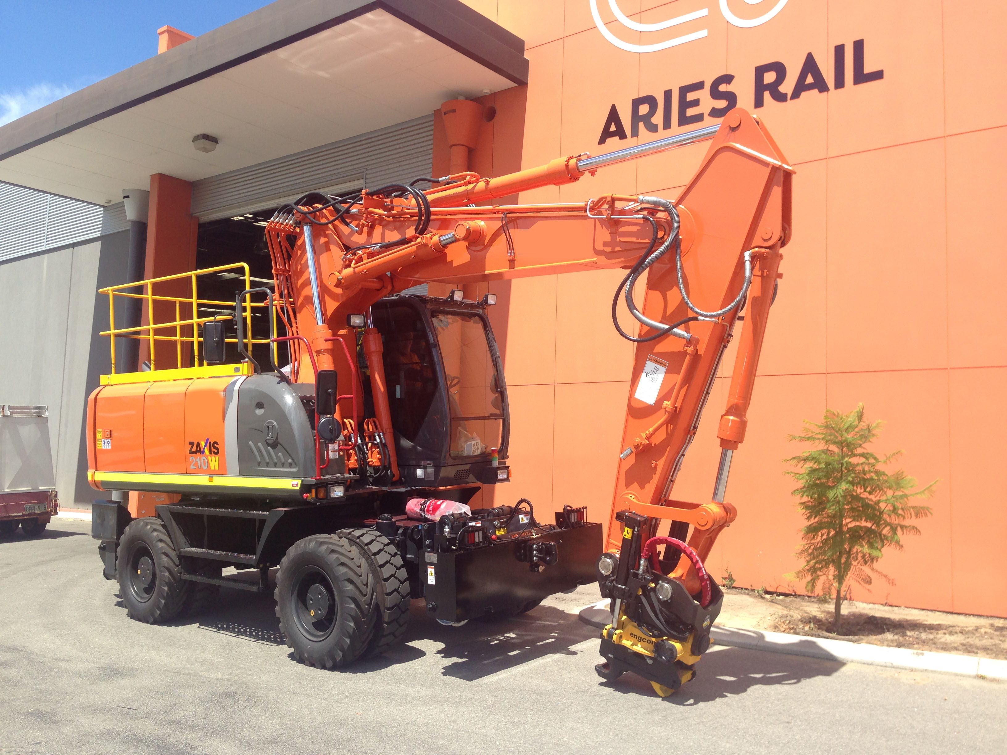 Aries Hyrail Hitachi road-rail excavator