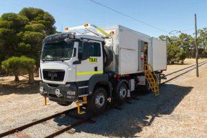 Road-rail flashbutt welding