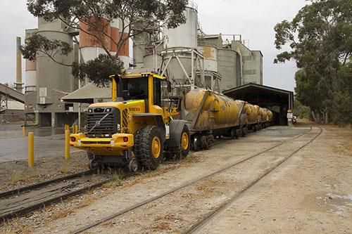 Shunting equipment from Aries Rail