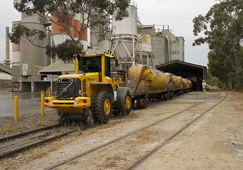 Road-rail shunting equipment
