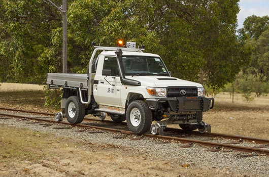 Land Cruiser Hyrail Road-Rail vehicle